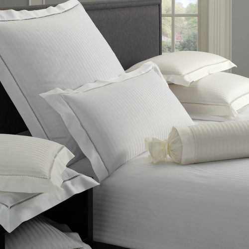 Elegante Classic White House Satin Bettwäsche