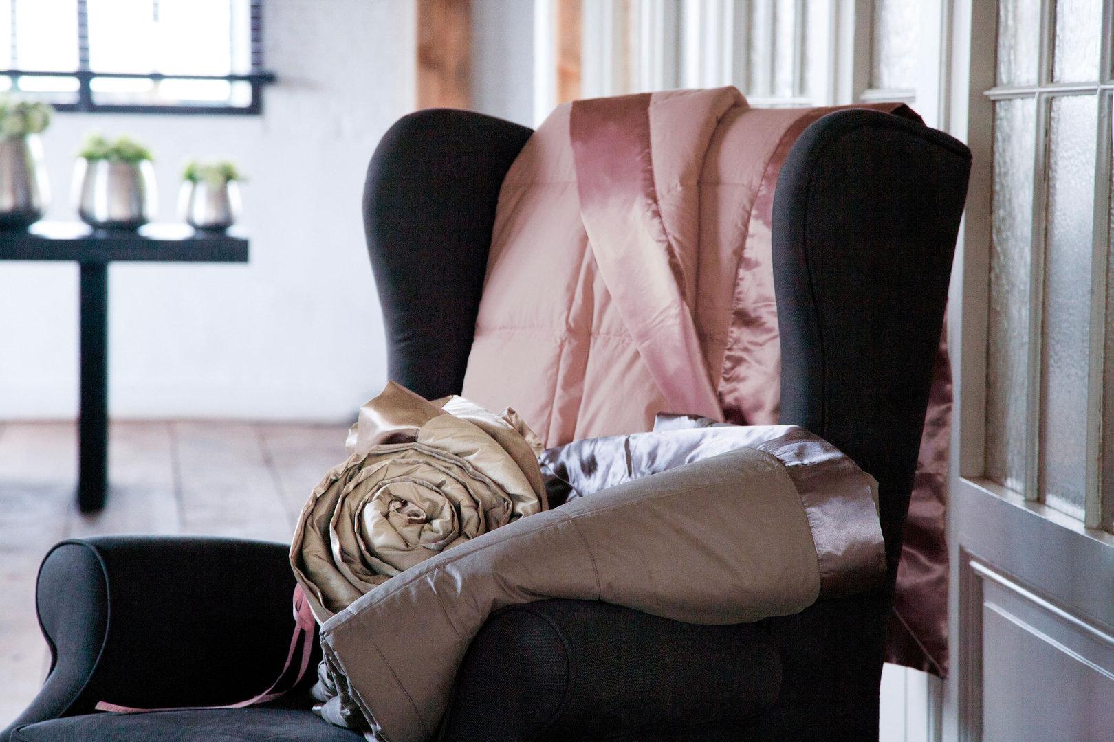 anne de solene cocoon tagesdecke gesteppt boudoir. Black Bedroom Furniture Sets. Home Design Ideas