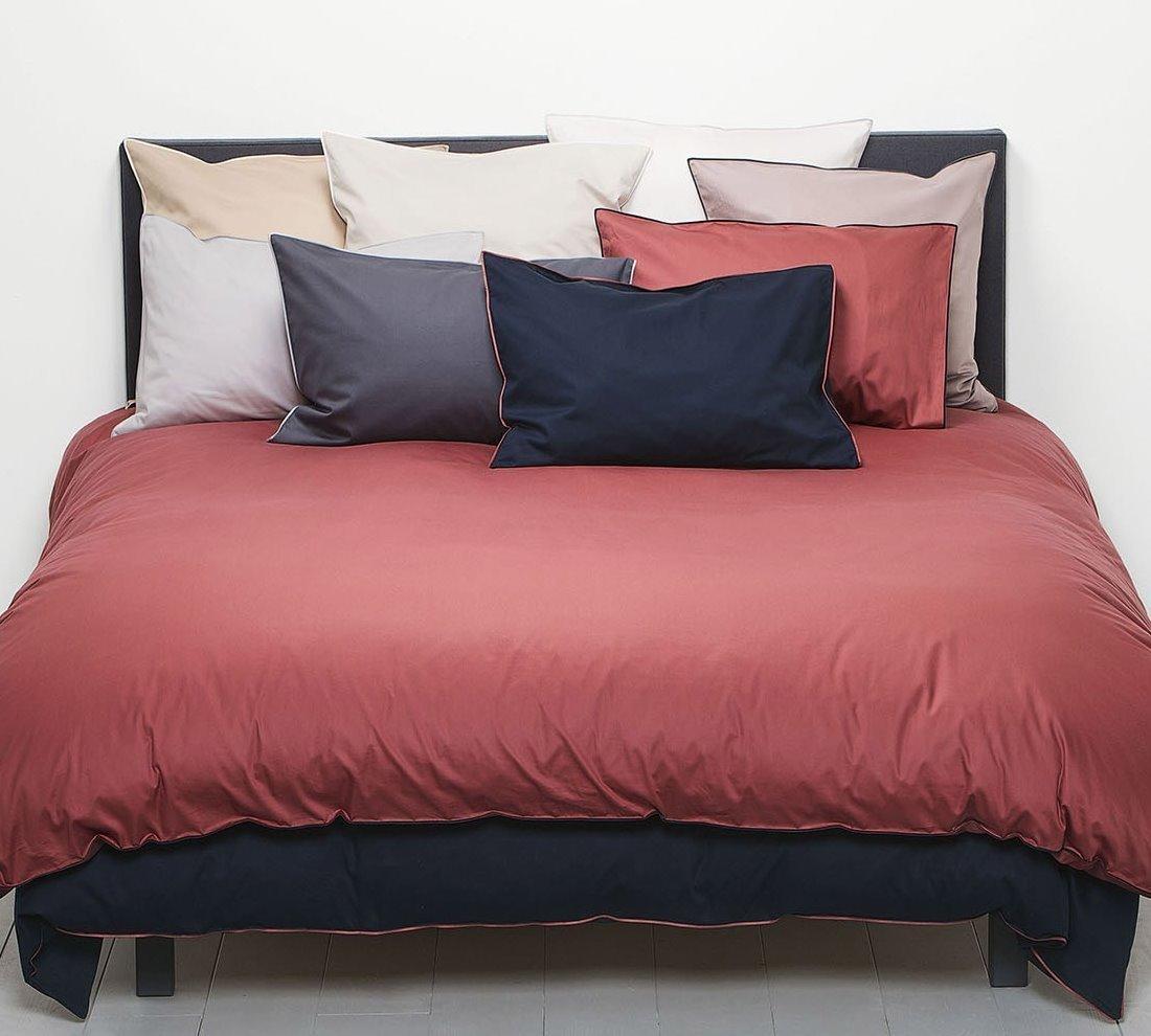 christian fischbacher satin selection bettw sche boudoir. Black Bedroom Furniture Sets. Home Design Ideas
