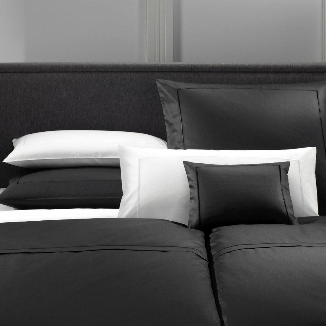 elegante uni mako satin bettw sche boudoir. Black Bedroom Furniture Sets. Home Design Ideas
